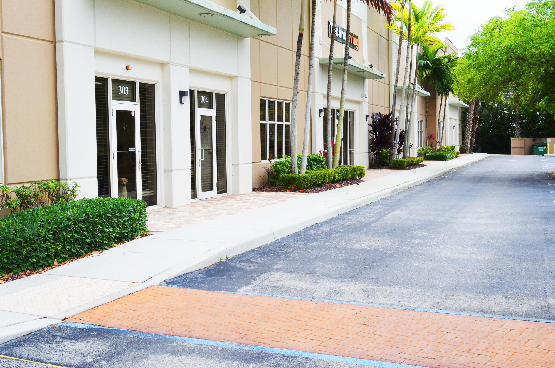 999 Stinson Way 304 West Palm Beach, FL 33411 photo 2
