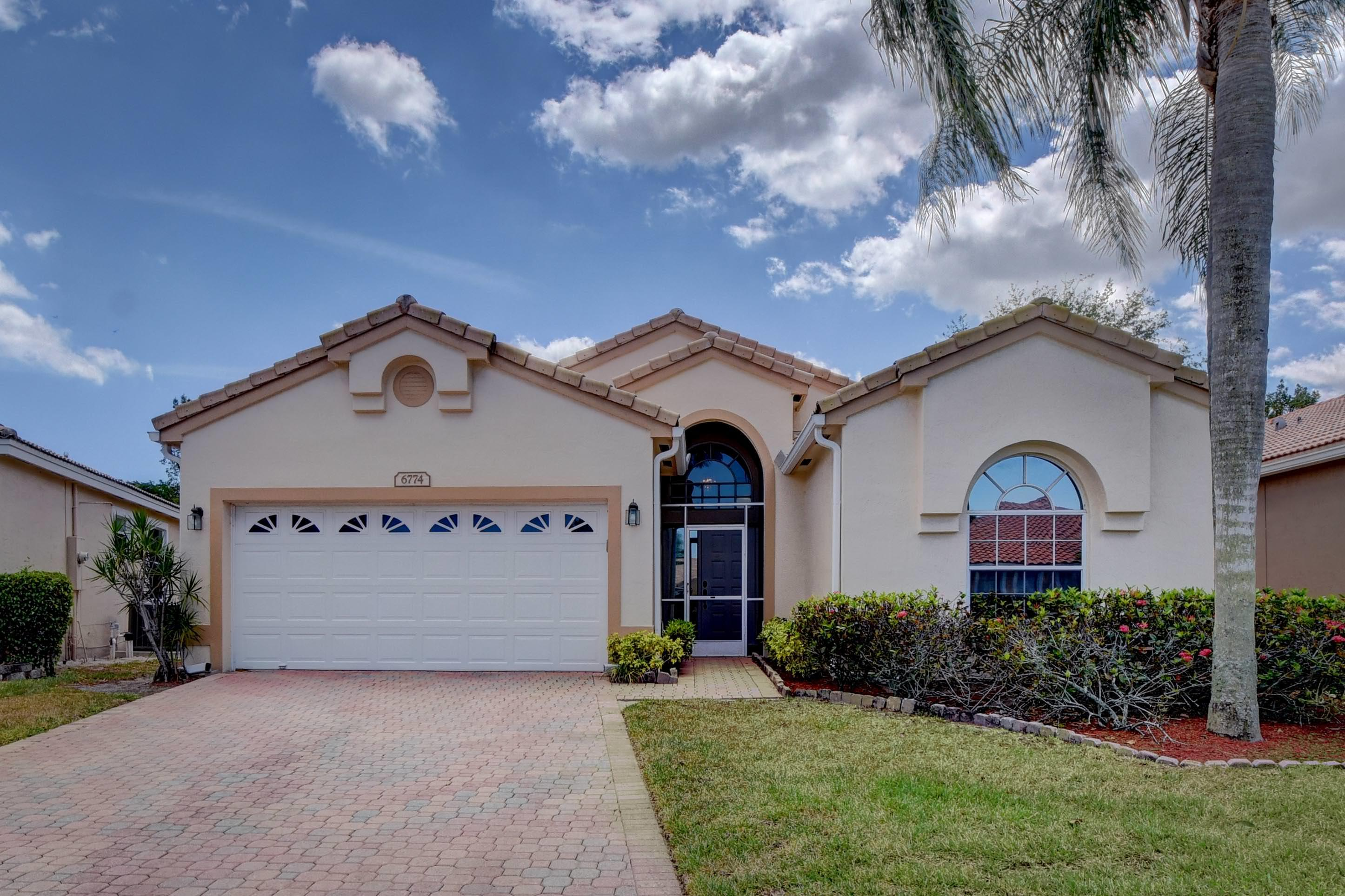 Home for sale in Lakes Of Westchester Boynton Beach Florida