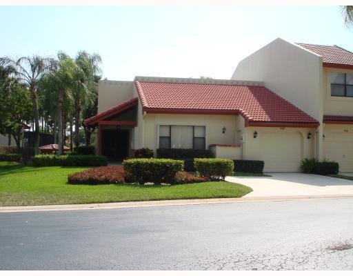 707 Windermere Way, Palm Beach Gardens, Florida 33418, 3 Bedrooms Bedrooms, ,2 BathroomsBathrooms,F,Villa,Windermere,RX-10614934