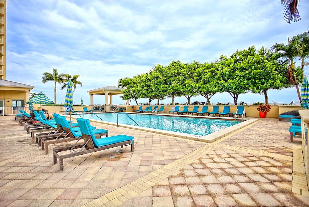 2640 Lake Shore Drive 2112, Riviera Beach, Florida 33404, 2 Bedrooms Bedrooms, ,2 BathroomsBathrooms,F,Condominium,Lake Shore,RX-10617191