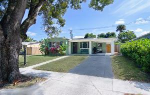 932  Andrews Road  For Sale 10615257, FL