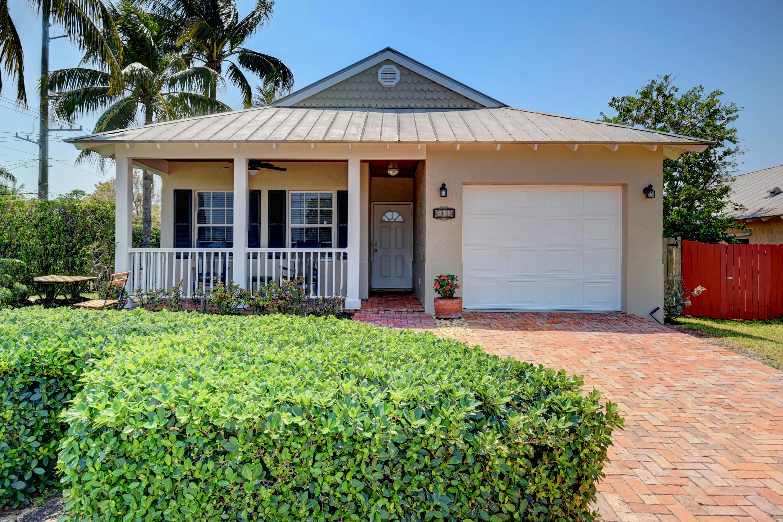 Home for sale in LAKE BOYNTON ESTATES PL 4A Boynton Beach Florida