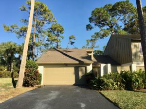 200  Wood Dale Drive  For Sale 10615645, FL