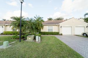 2072  Misty Shores Way  For Sale 10616455, FL