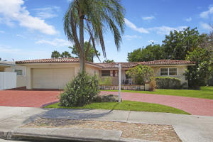 698 W Camino Real   For Sale 10615787, FL