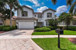 4146 NW Briarcliff Circle  For Sale 10608471, FL