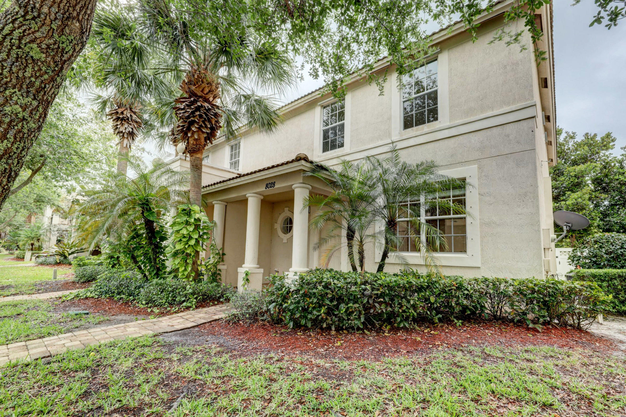 Home for sale in gables at northlake repl Palm Beach Gardens Florida