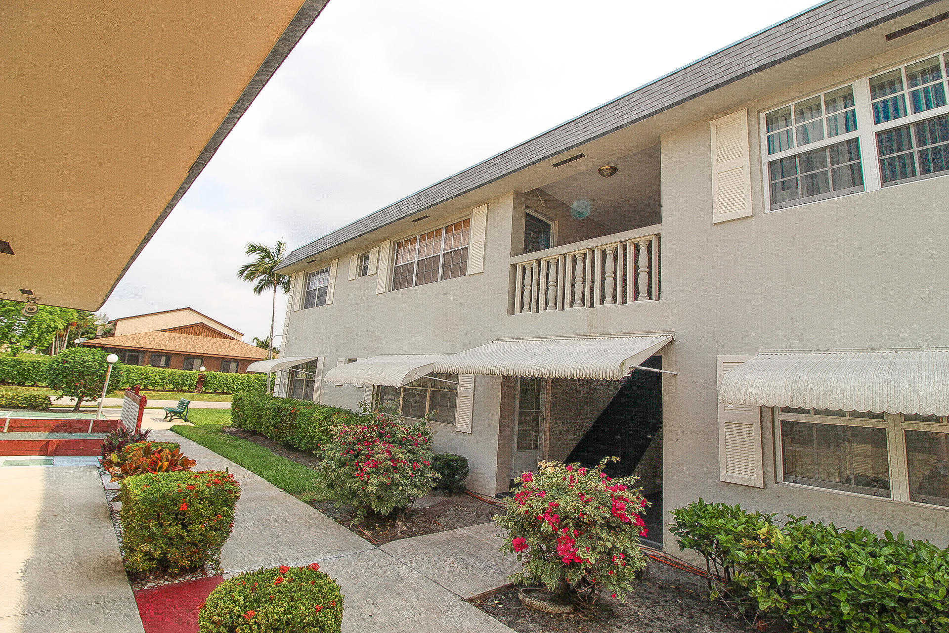 Home for sale in MAYFAIR APT CO-OP Hollywood Florida