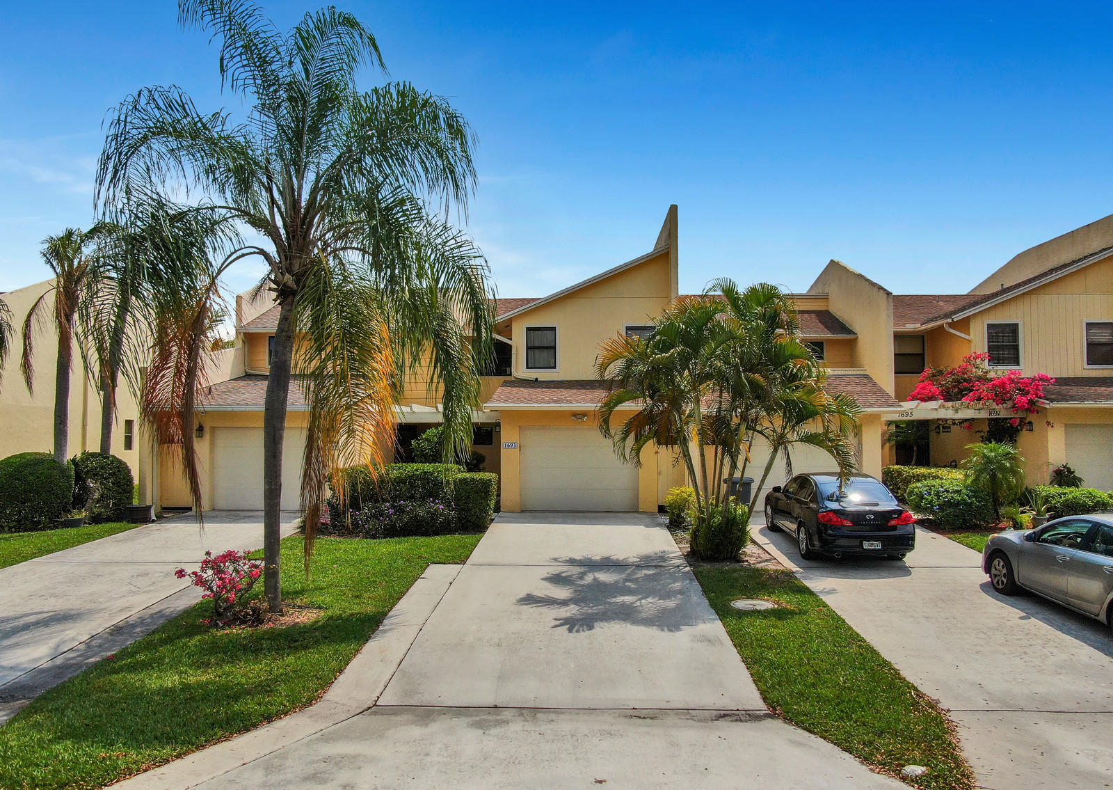 Home for sale in Woodbridge Lakes West Palm Beach Florida