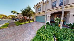 73  Landau Street  For Sale 10616030, FL