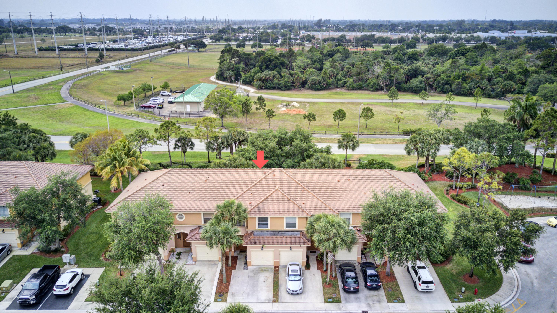 389 River Bluff Lane Royal Palm Beach, FL 33411