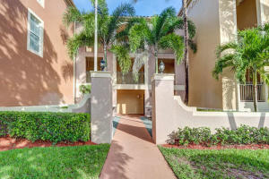 11770  St Andrews Place 306 For Sale 10616116, FL