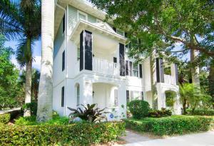 3261 E Community Drive  For Sale 10616304, FL