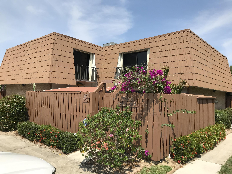 5692 Riverboat Drive 140, Stuart, Florida 34997, 2 Bedrooms Bedrooms, ,2.1 BathroomsBathrooms,A,Townhouse,Riverboat,RX-10617165