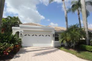 5242  Windsor Parke Drive  For Sale 10616623, FL