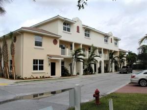 1928 Via Granada 128 Boynton Beach, FL 33426