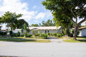 513  Ontario Place  For Sale 10616546, FL