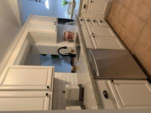 CONCRETE BLOCK 3/2/2 POOL HOME. SPACIOUS KITCHEN WITH PLENTY OF SPACE TO ENTERTAIN, NEW GRANITE COUNTERS.STYLISH BATHROOMS. BRAND NEW ROOF! SCREENED PATIO & POOL.BRING YOUR BOAT AND RVS! NO HOMEOWNERS ASSOCIATION!!! VERY CLOSE TO BEACHES, PARK, SHOPPING, & RESTAURANTS. READY TO MOVE IN.
