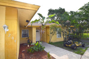 209 NW 7th Avenue  For Sale 10615995, FL