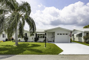 1100  Leisure Lane  For Sale 10616942, FL
