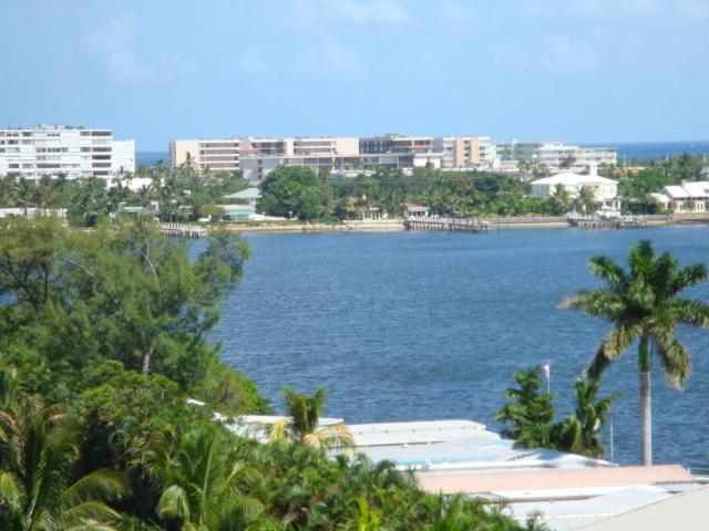 804 Windward Way Ph05, Lantana, Florida 33462, 2 Bedrooms Bedrooms, ,2 BathroomsBathrooms,F,Condominium,Windward,RX-10616971