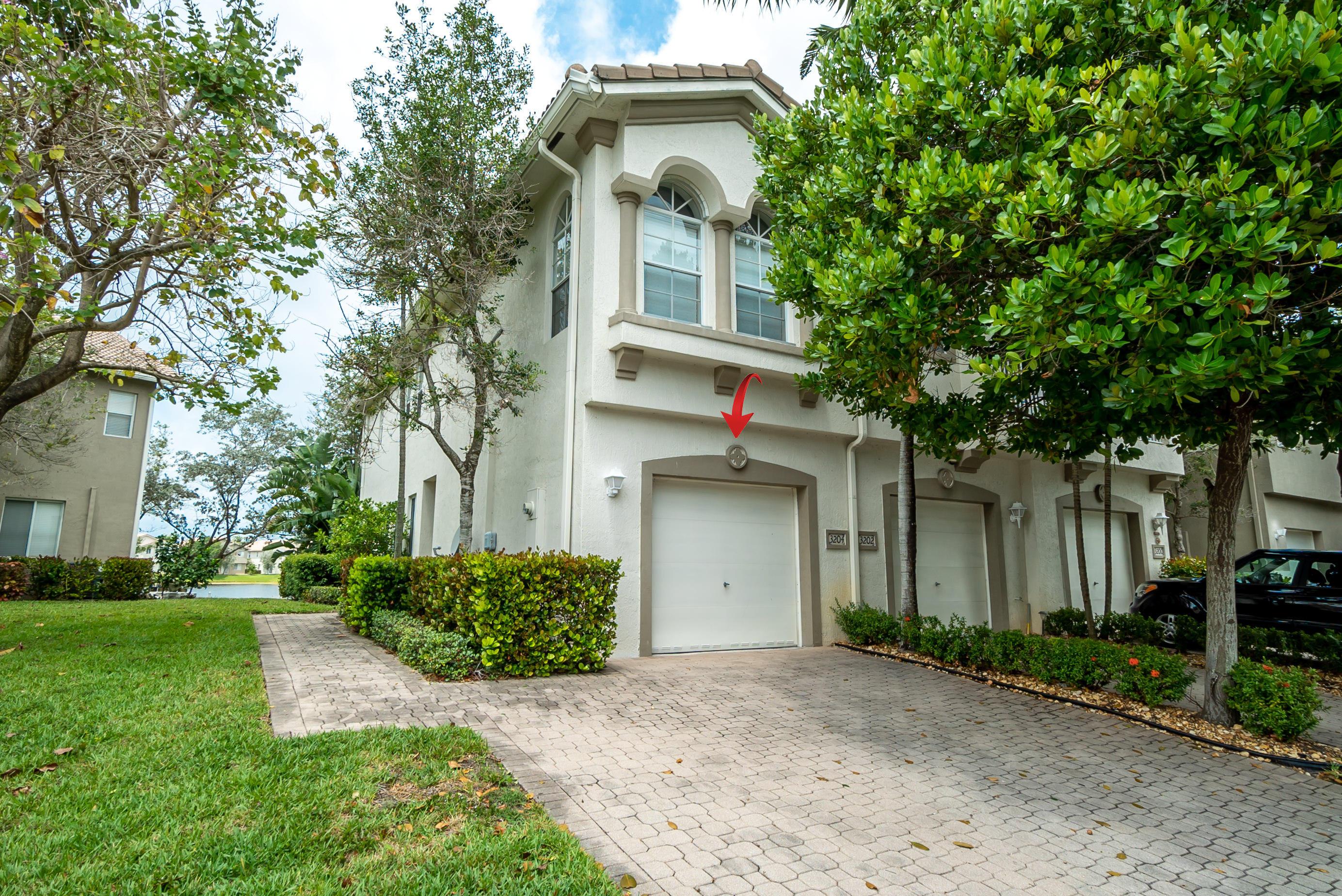 3204 Laurel Ridge Circle, Riviera Beach, Florida 33404, 3 Bedrooms Bedrooms, ,2.1 BathroomsBathrooms,A,Townhouse,Laurel Ridge,RX-10617146