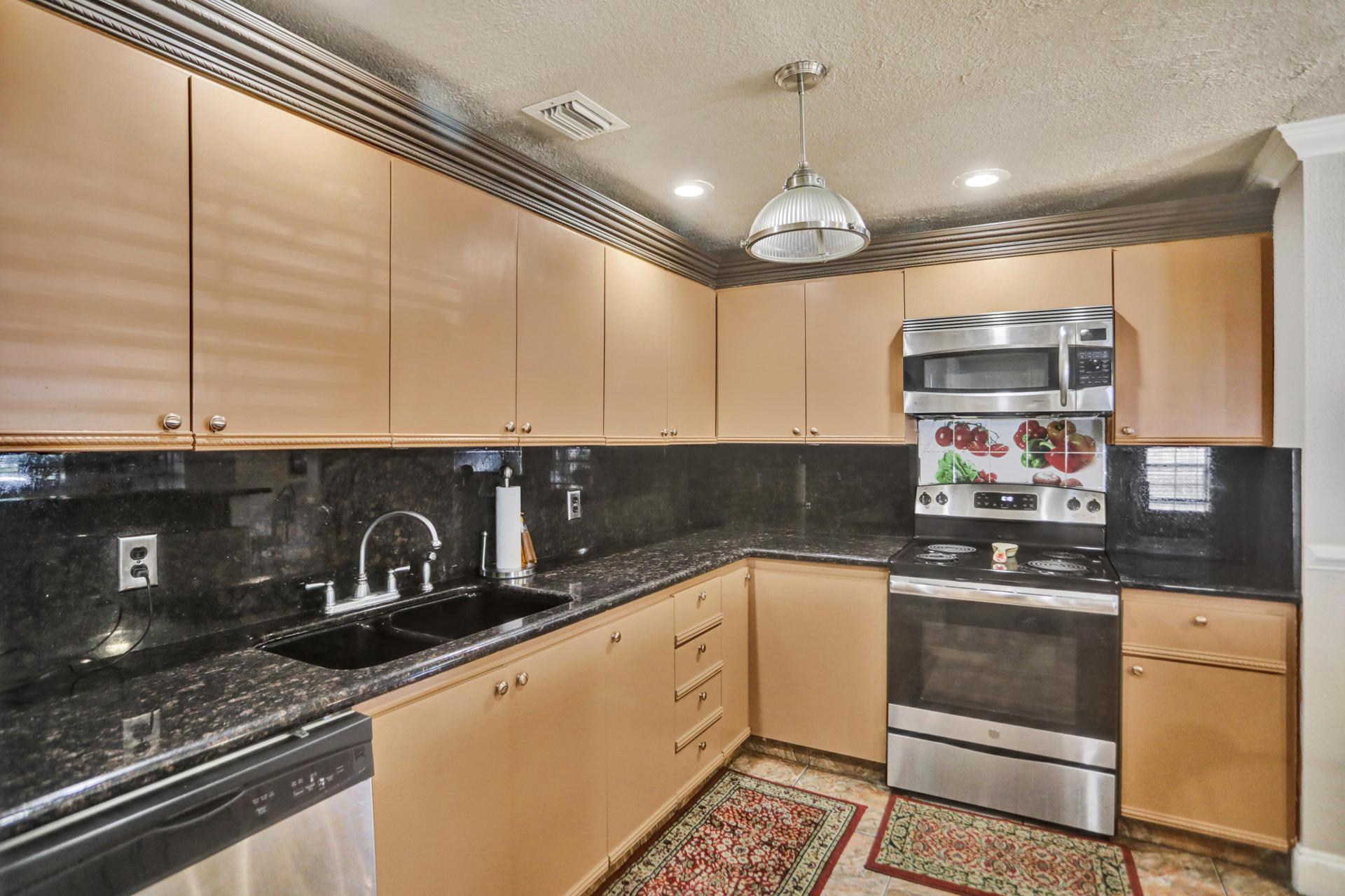 117 11th Avenue, Delray Beach, Florida 33444, 2 Bedrooms Bedrooms, ,2.1 BathroomsBathrooms,A,Single family,11th,RX-10617138