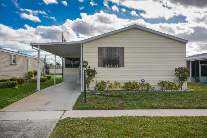 4310 Meadowview Drive Boynton Beach, FL 33436