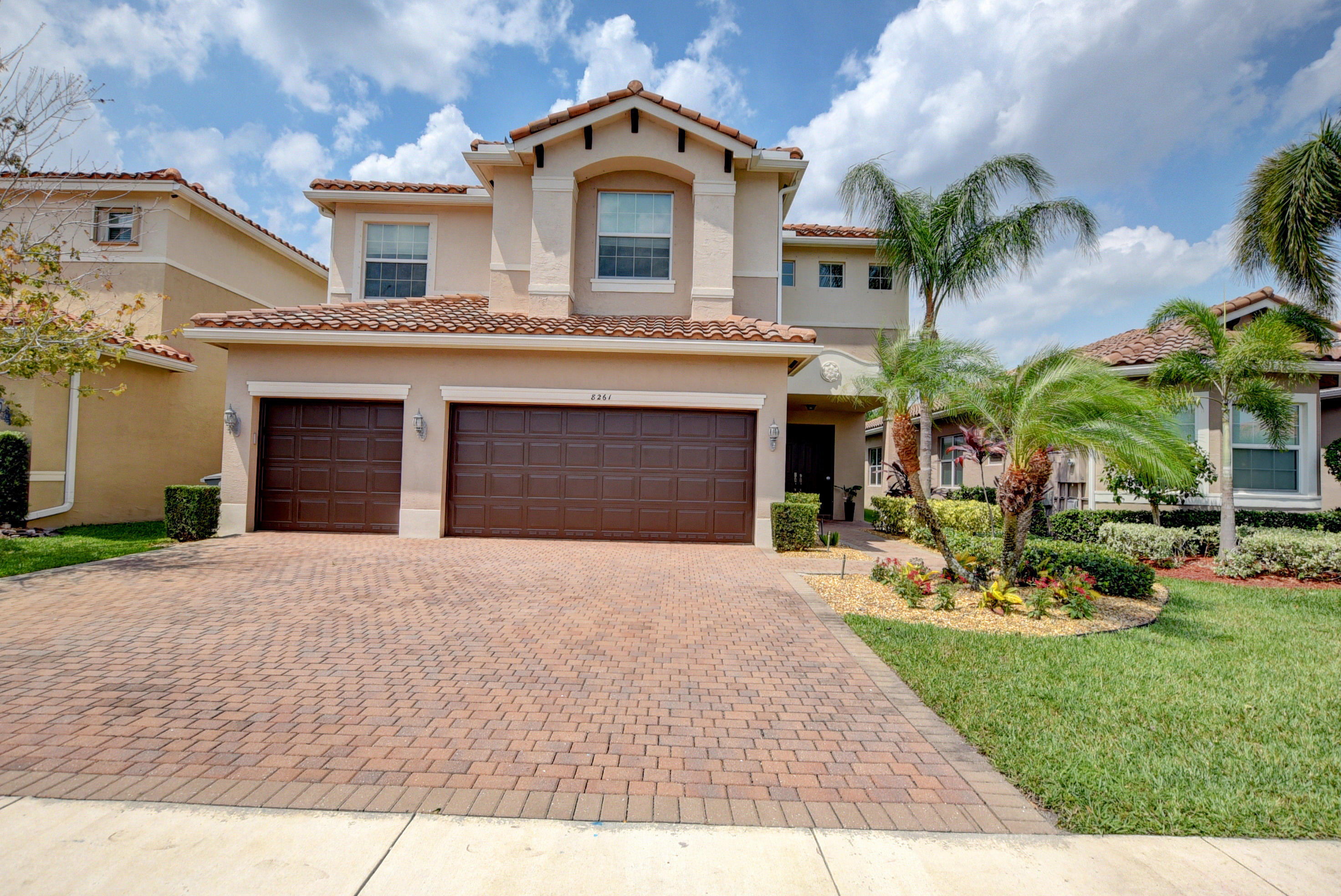 8261 Savara Streams Lane  Boynton Beach, FL 33473