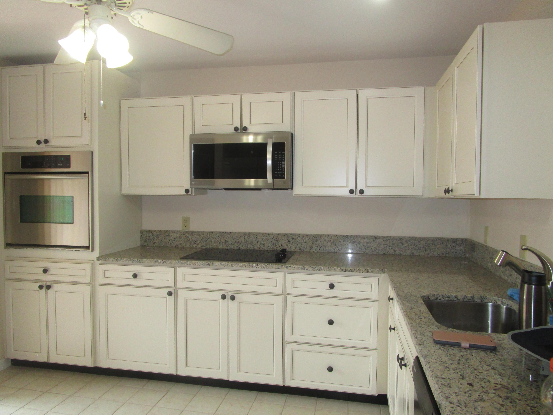 388 Oxen Hill Court, Royal Palm Beach, Florida 33411, 2 Bedrooms Bedrooms, ,2 BathroomsBathrooms,F,Villa,Oxen Hill,RX-10617244
