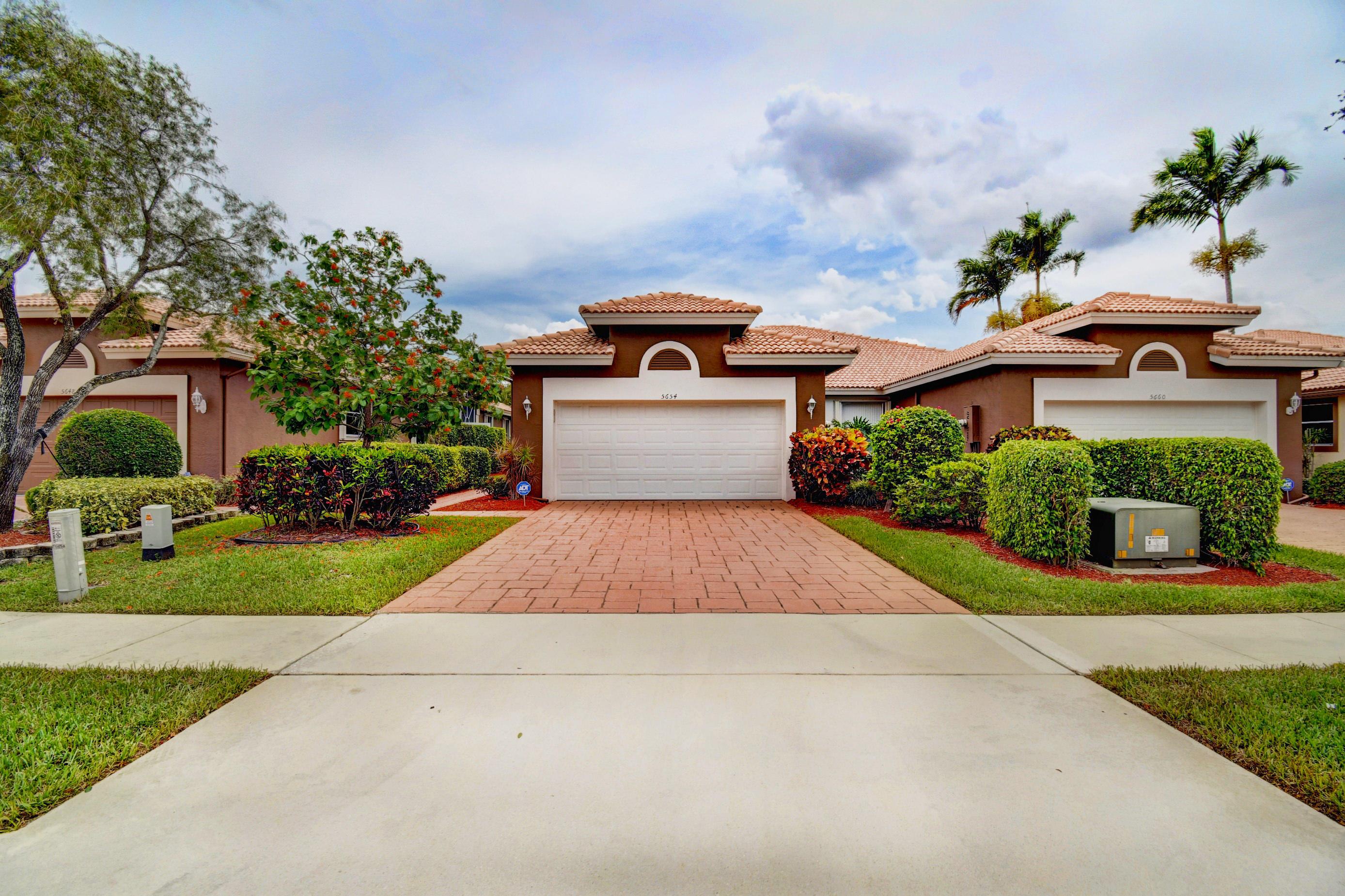 5654 Emerald Cay Terrace, Boynton Beach, Florida 33437, 3 Bedrooms Bedrooms, ,2 BathroomsBathrooms,A,Villa,Emerald Cay,RX-10617249