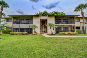15500  Lakes Of Delray Boulevard 202 For Sale 10617269, FL