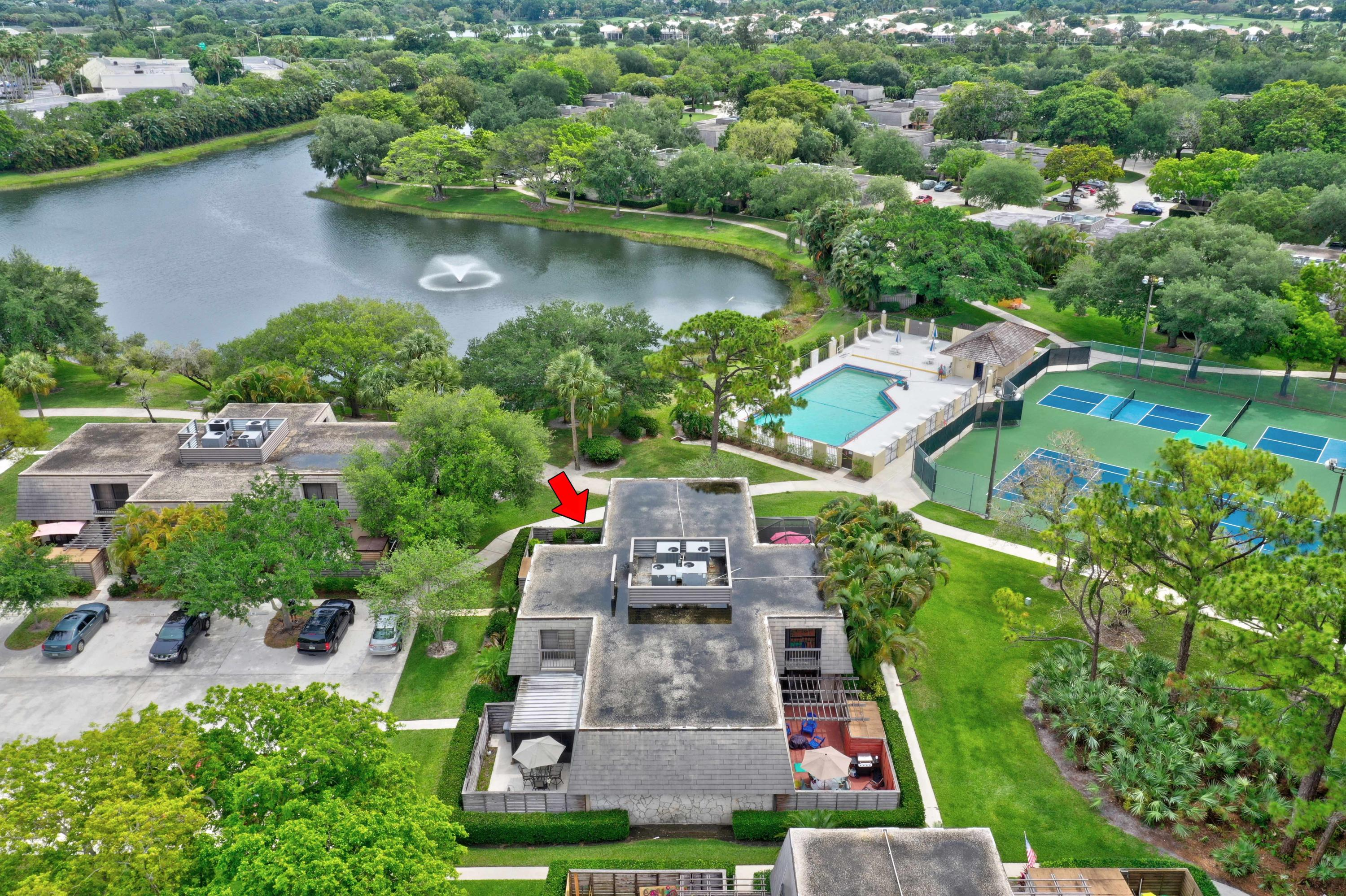 422 4th Terrace 422, Palm Beach Gardens, Florida 33418, 2 Bedrooms Bedrooms, ,2.1 BathroomsBathrooms,A,Townhouse,4th,RX-10617268
