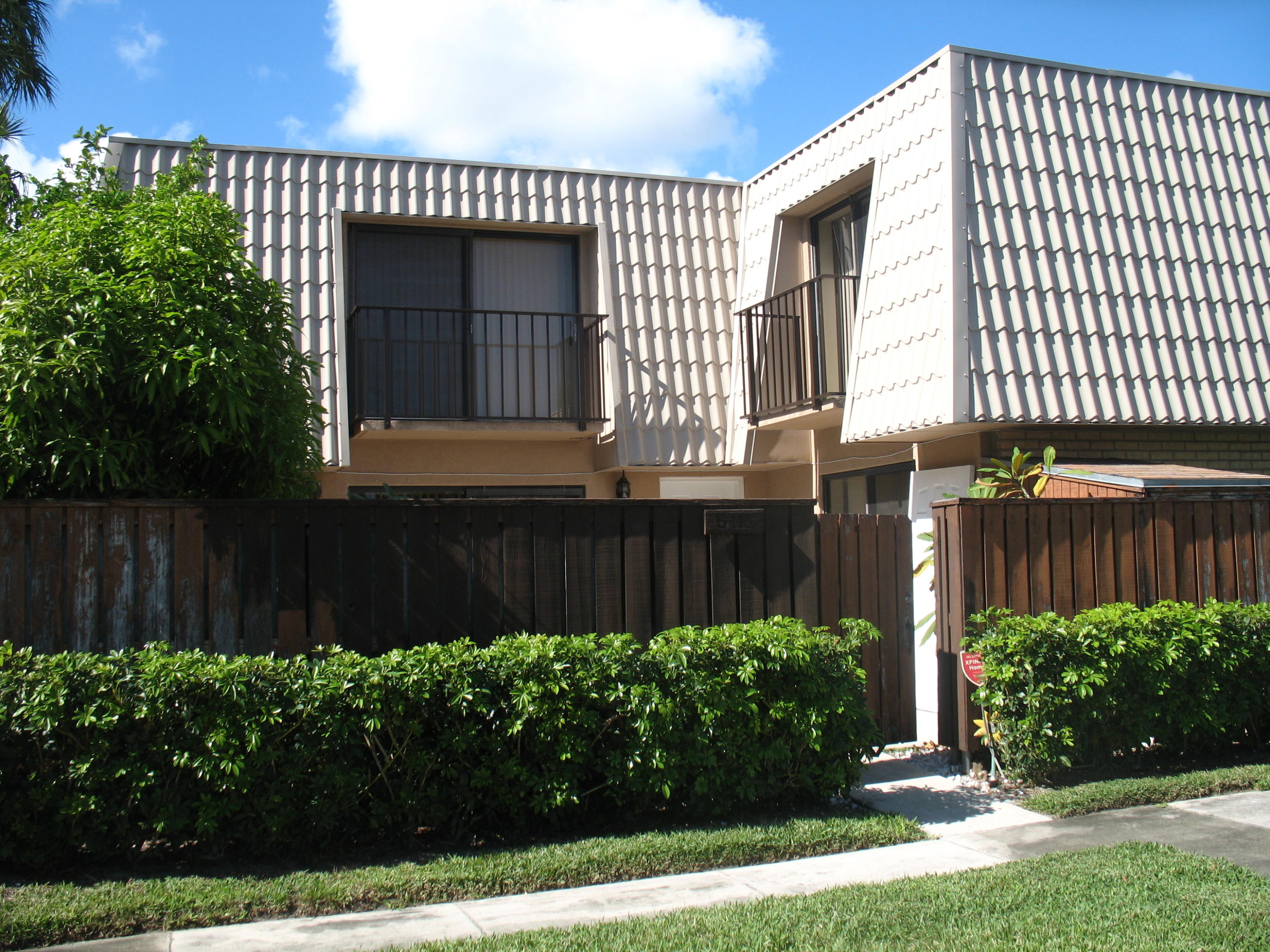 5416 54th Way, West Palm Beach, Florida 33409, 2 Bedrooms Bedrooms, ,2.1 BathroomsBathrooms,F,Townhouse,54th,RX-10617289