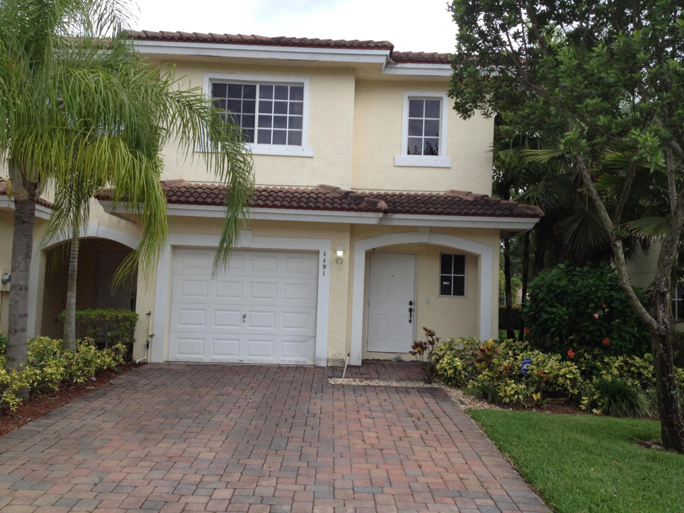 1191 Imperial Lake Road, West Palm Beach, Florida 33413, 3 Bedrooms Bedrooms, ,2.1 BathroomsBathrooms,F,Townhouse,Imperial Lake,RX-10617290