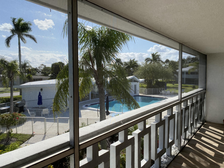 Home for sale in blair house condo a Tequesta Florida