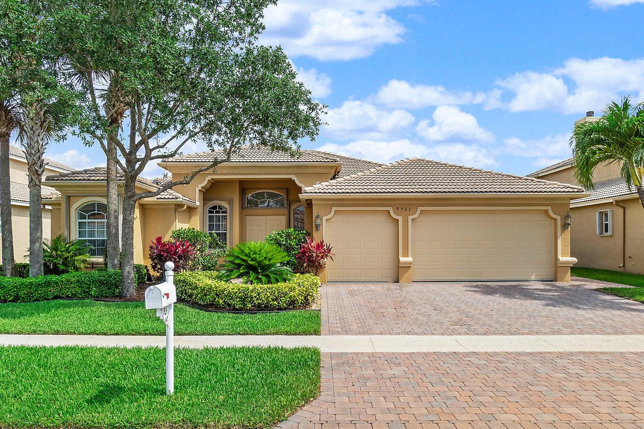 9761 Campi Drive  Lake Worth FL 33467