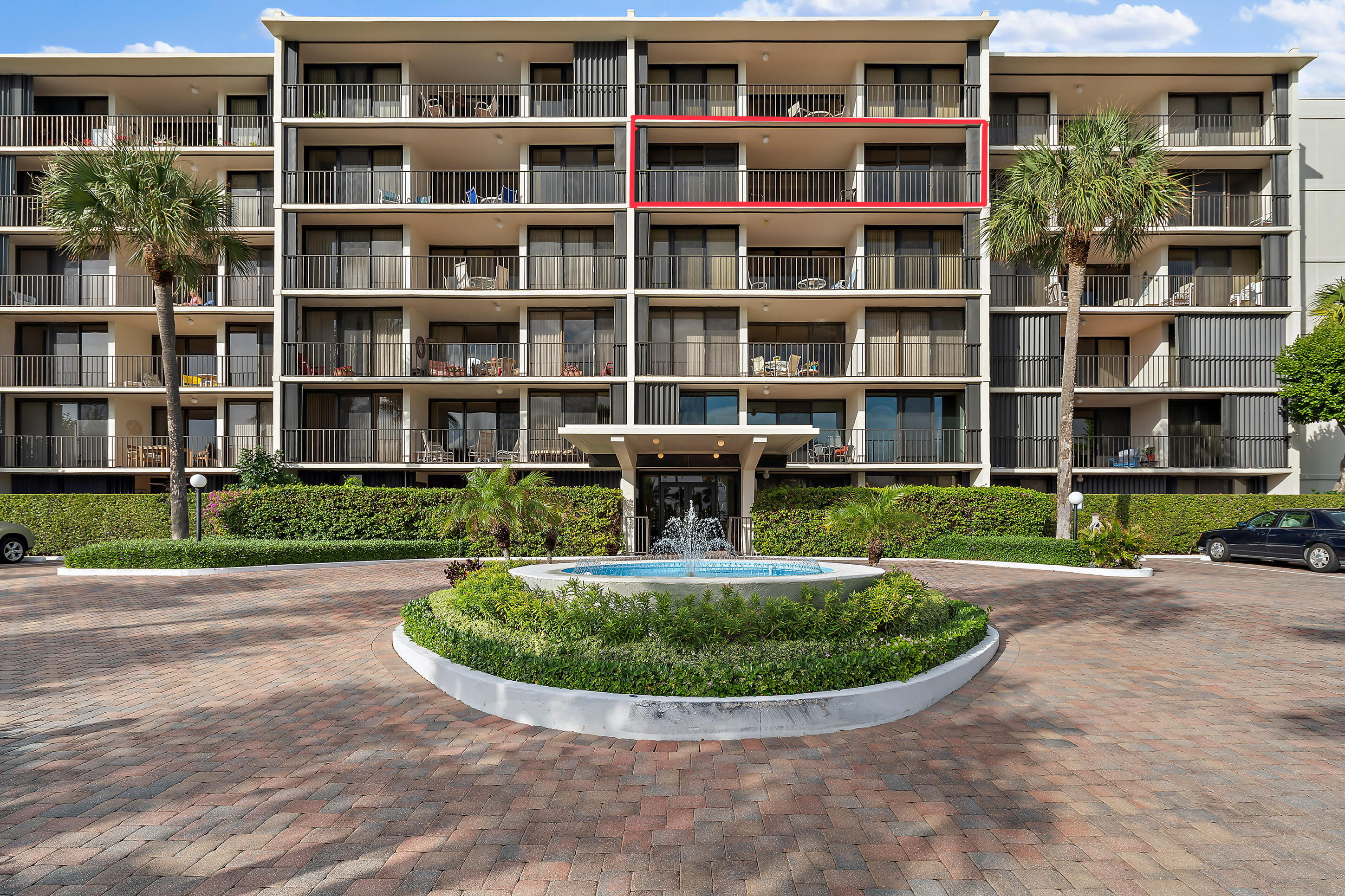 Photo of 225 Beach Road #503, Tequesta, FL 33469