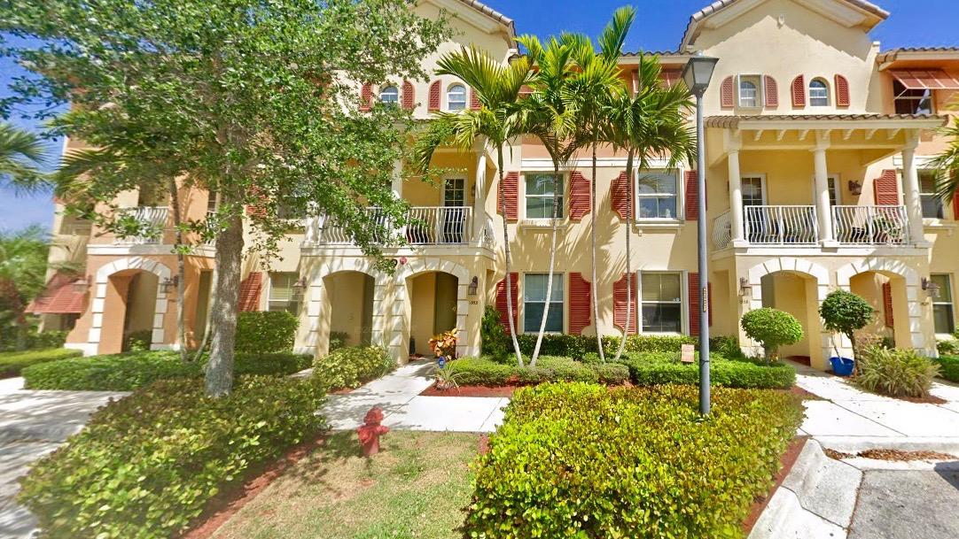 1553 Via Alferi  Boynton Beach FL 33426