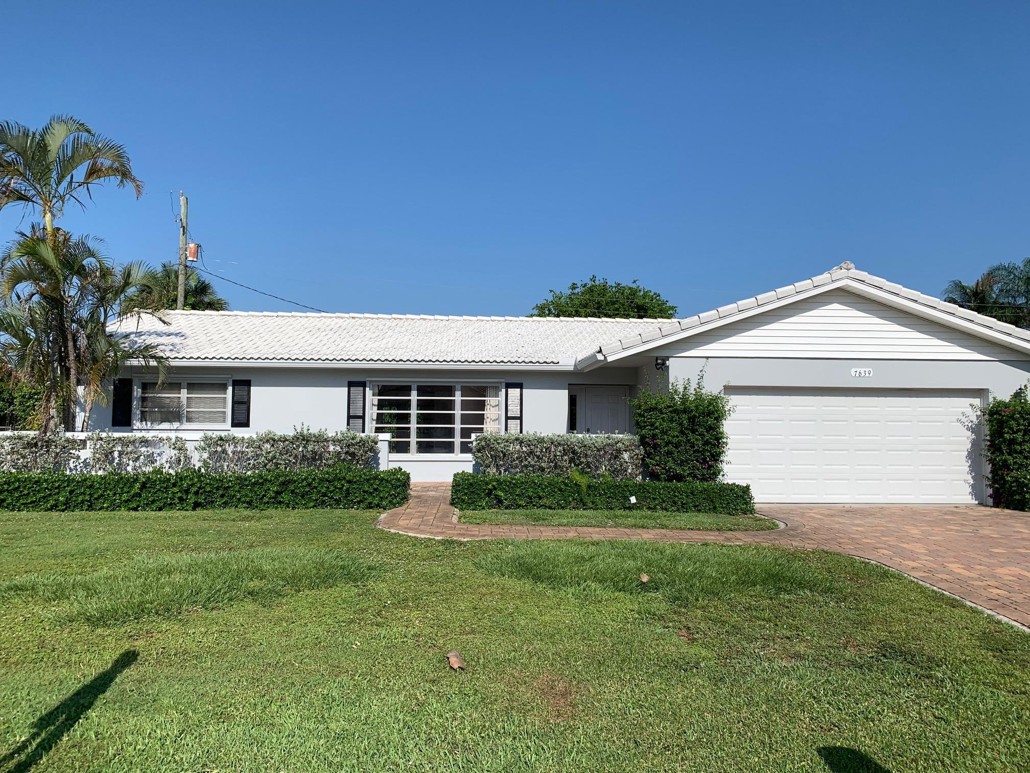 7639 Palm Road Lake Clarke Shores, FL 33406