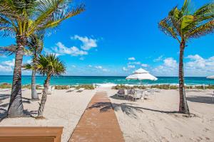 170 N Ocean Boulevard 208 For Sale 10619008, FL