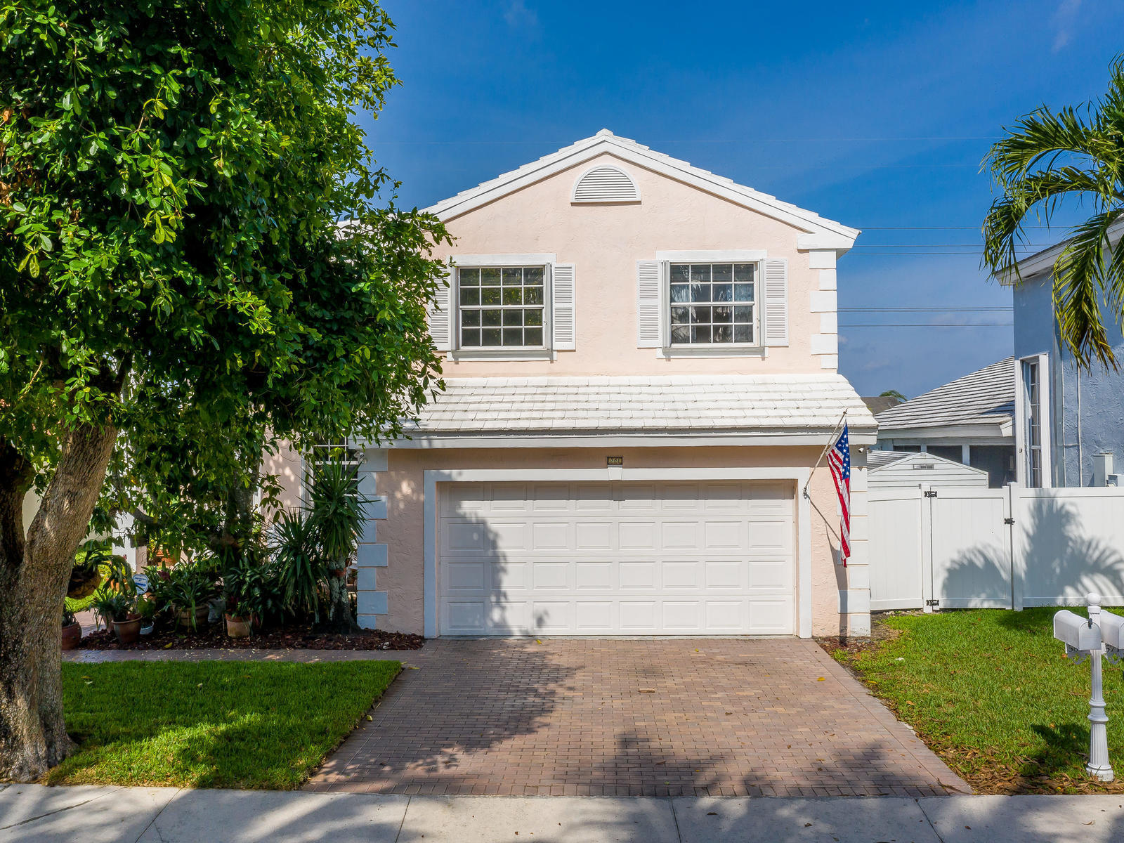 Home for sale in SHENANDOAH SEC 2 Davie Florida