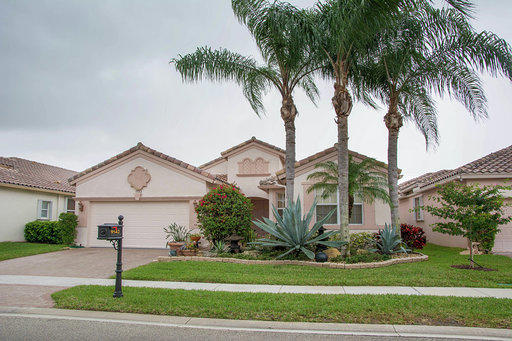 Home for sale in Bellaggio TOWNE PARK Lake Worth Florida