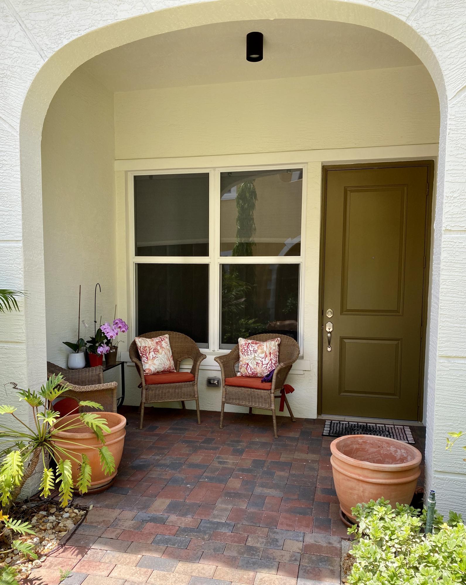 3670 Vintage Way West Palm Beach, FL 33405