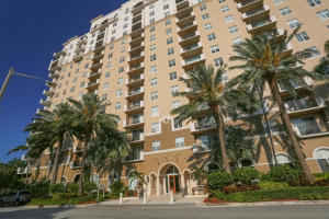 616  Clearwater Park Road 804 For Sale 10619716, FL