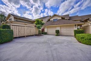 Property for sale at 17053 Waterbend Drive Unit: 232, Jupiter,  Florida 33477