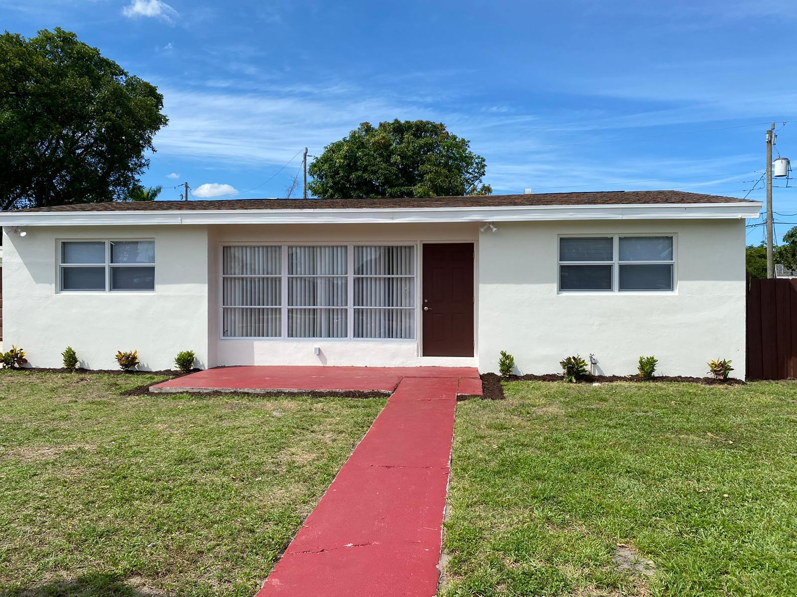 6320 Nowata Circle Lake Worth, FL 33462