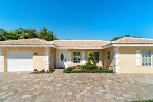 1098 SW 12th Avenue  For Sale 10619915, FL
