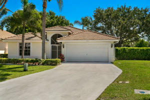 12047  Sunset Point Court  For Sale 10619929, FL