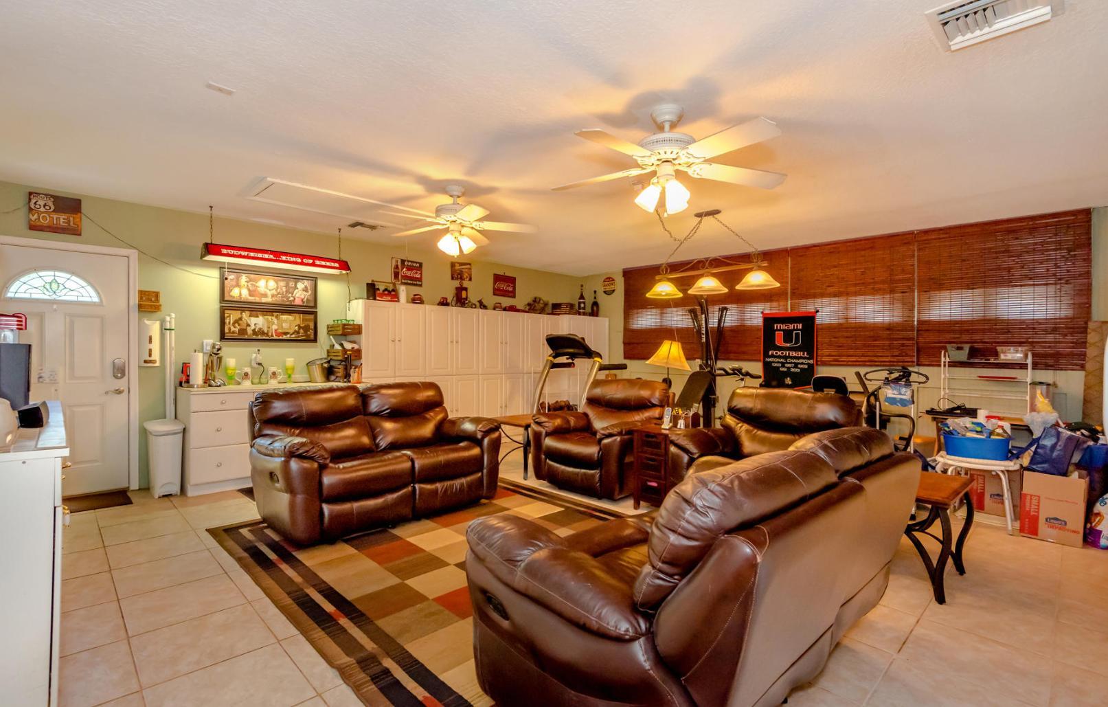 580 Pine Hollow Lane West Palm Beach, FL 33413